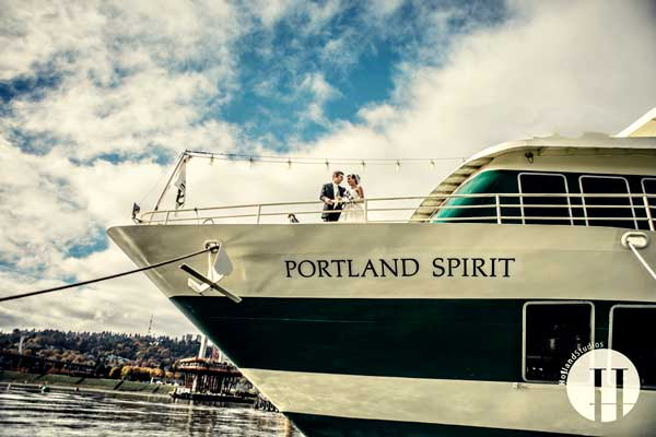 Weddings on the Willamette Star
