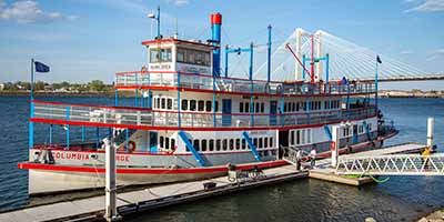 The Sternwheeler in Tri Cities